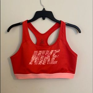 Nike sport tank top size XL orange color